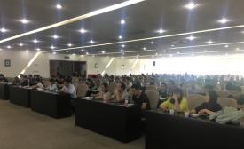 加快形成中国特色的职业教育模式