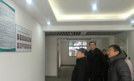 陈卫红局长到市体育运动学校检查工作
